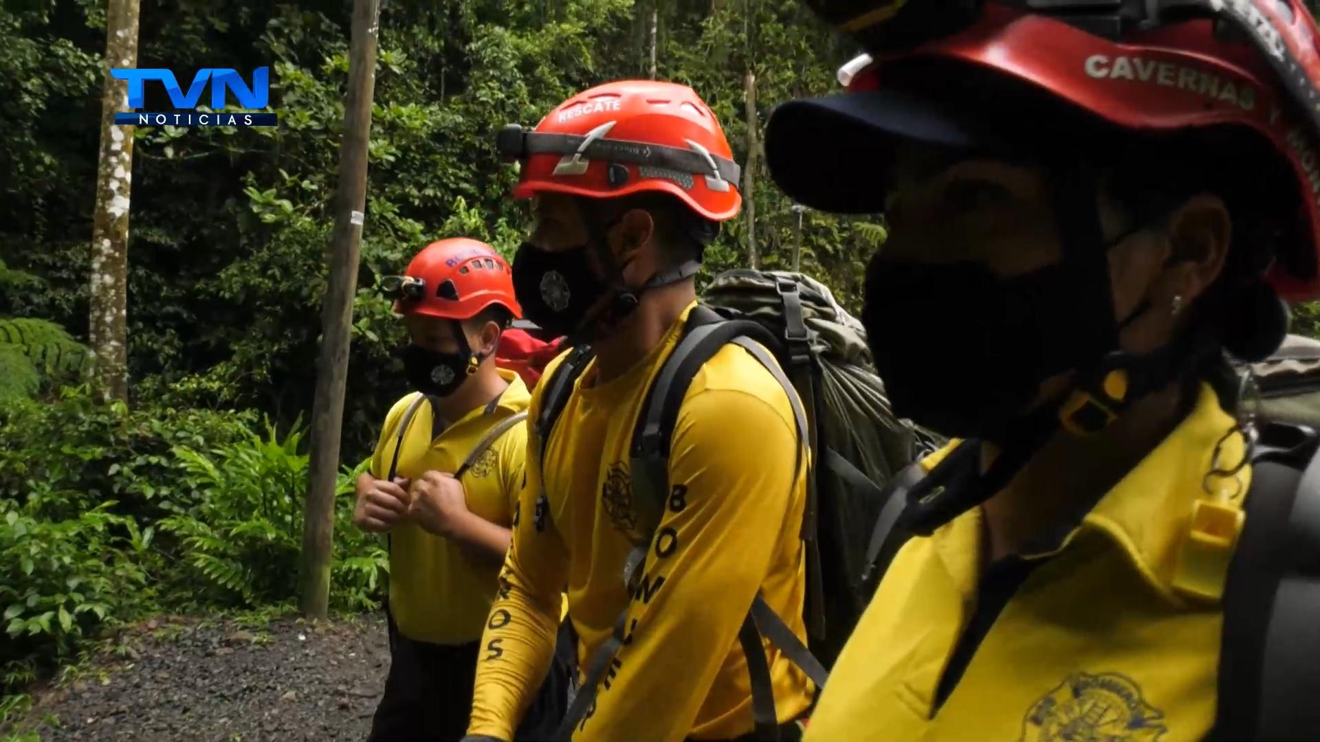 El costo de los rescates y el tipo de volcanes en Costa Rica impiden  el libre acceso