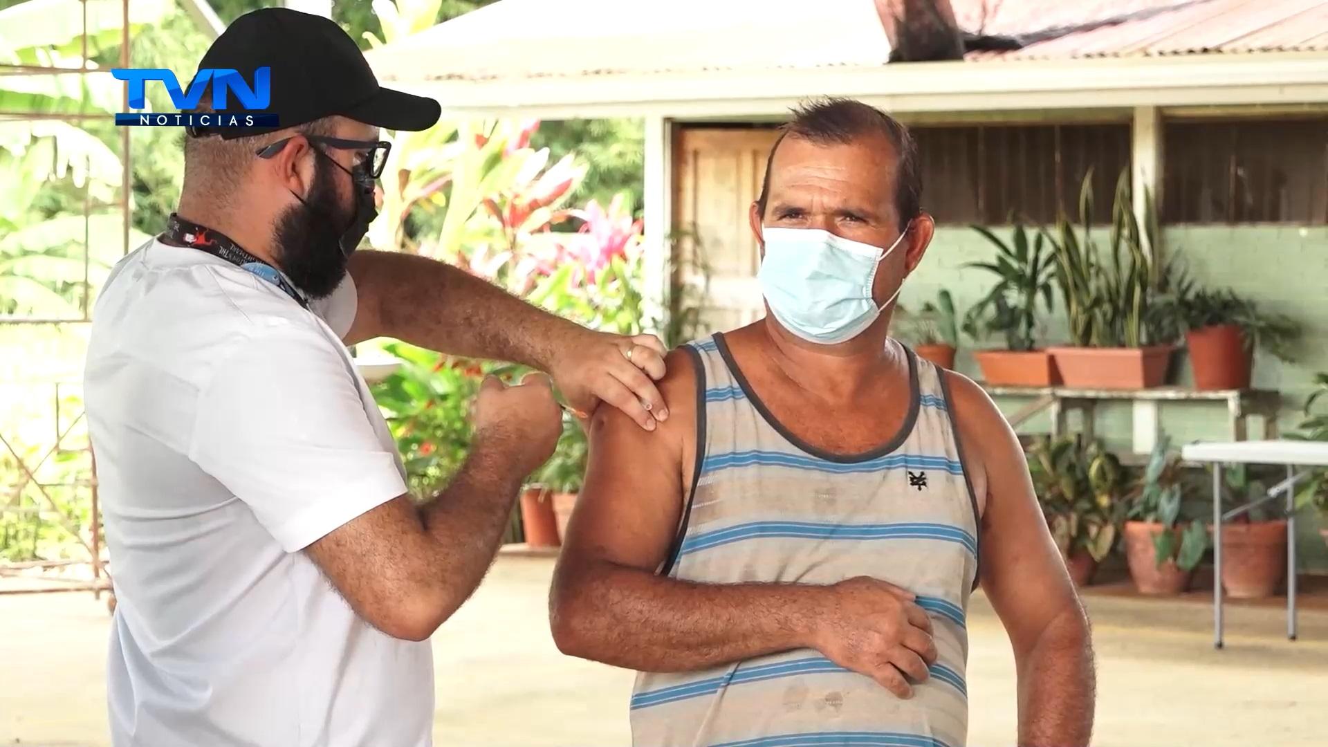 Dirección regional de la CCSS desmiente que sobren vacunas para personas de otras zonas