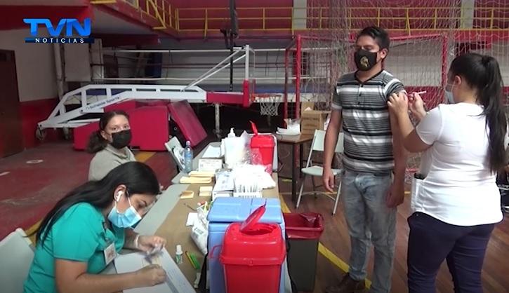 San Ramón: Gimnasio Gabelo Conejo se convierte en vacunatorio contra el COVID-19